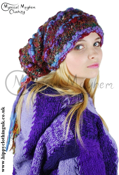 Multicoloured Recycled Silk Hat with Wool Tassels