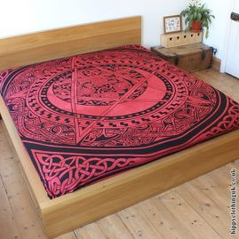 Red Pentacle Throw