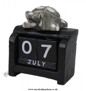 Handmade Wooden Calendar Small Turtle
