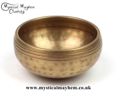 small-hand-hammered-brass-mountain-singing-bowl-2