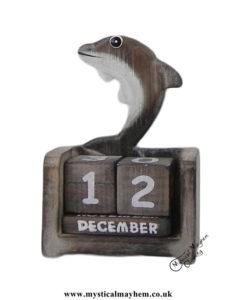 Dolphin-Handmade-Wooden-Calendar