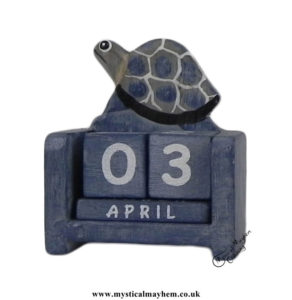 Turtle-Handmade-Wooden-Calendar