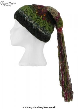Green-Multicoloured-Wool-&-Recycled-Silk-Hat-with-Tassels