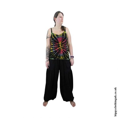 Example-of-baggy-trousers-female