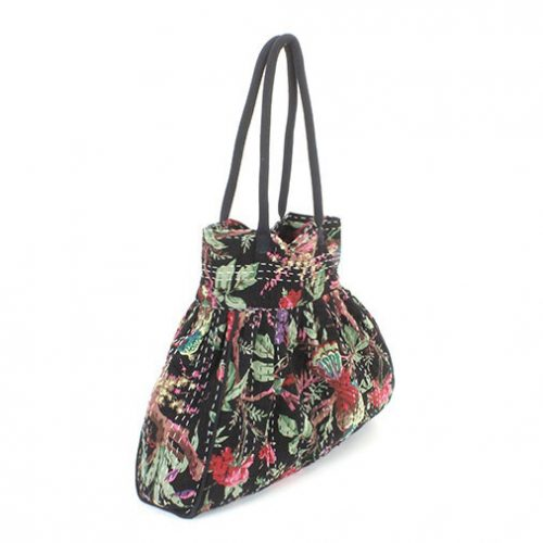 Patterned-Beach-Bag-Example