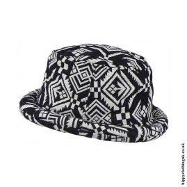 Black-&-White-Patterned-Rimmed-Hat