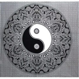 Black-Yin-Yang-Throw,-Wall-Hanging,-Bed-Spread